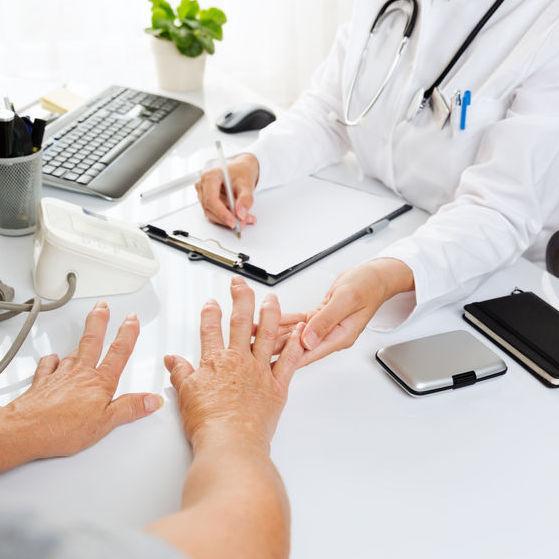 osteoartroza antecedentelor medicale ale articulației umărului artrita articulației genunchiului de iarbă