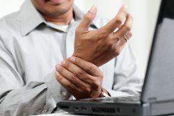 durerea articulară s-a agravat articulația degetului mijlociu doare
