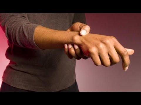 Articulațiile pe degete doare după ce cântă la chitară