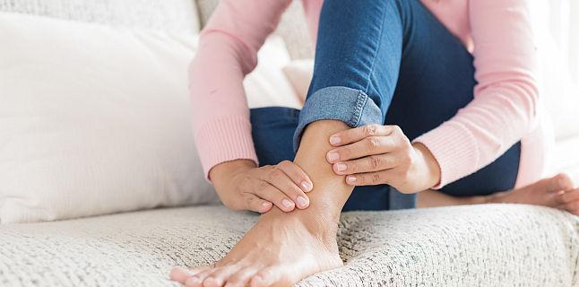 leziuni sportive ale tratamentului articulației cotului dureri la nivelul articulațiilor picioarelor când mersul cauzează
