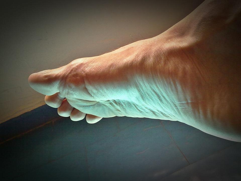 umflarea articulației pe deget și doare